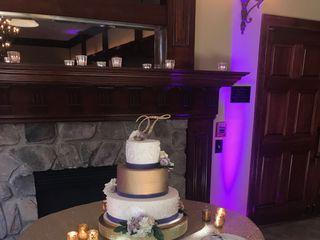 Cakes by La'Meeka Custom Cake Designs 7