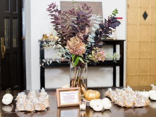 Isley & Woodrue Floral Design 7