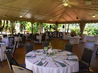Doubletree by Hilton Palm Beach Gardens 2