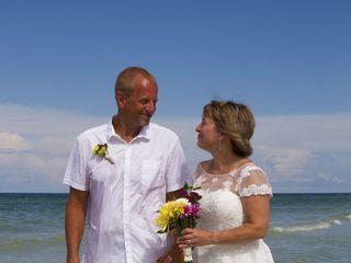 Florida Beach Weddings by Weddings On a Whim 7