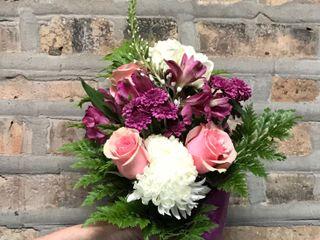 Stella Grey Blooms 1