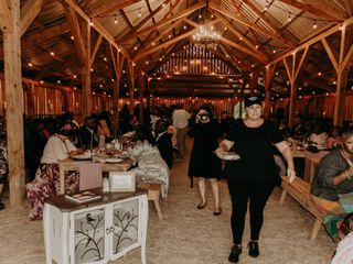 Daughter's Barn at Cedar Ridge 7