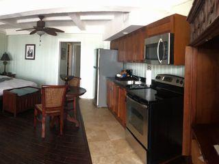 Coconut Palm Inn 3