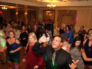 The Dancing DJ - Gil Keough 6