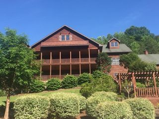 House Mountain Inn 4
