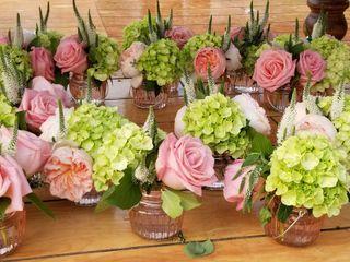 Jarita's Florist 4