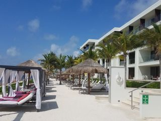 Paradise Getaways 7