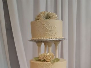Mike's Amazing Cakes 5