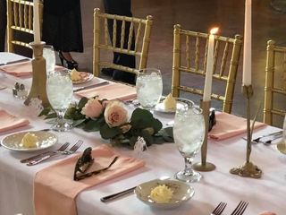 $4 GOLD Chiavari Chair Rentals 2
