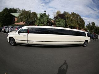 First Class Limousine 1