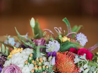 Suzan M Florals 7