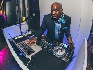DJ KRAZY T  |  Krazy T Entertainment service 3
