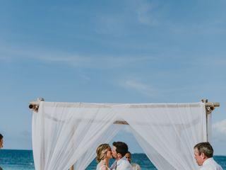 Destinations HD - Honeymoon & Destination Wedding Expert 3