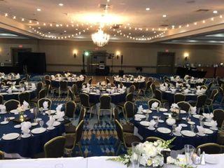 Radisson Hotel & Conference Center Green Bay 7