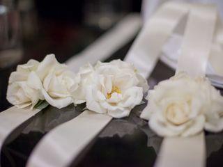 A & L Floral Design 7