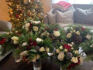 We Make Fun Floral & Design. 4