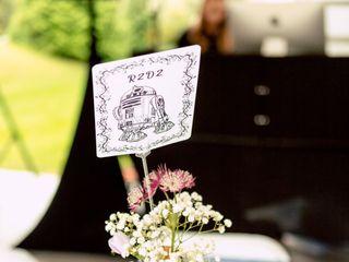 Mott's Floral Design 4