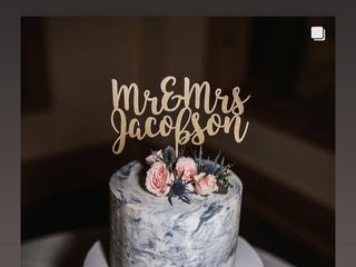 Custom Cakes by Tara 5