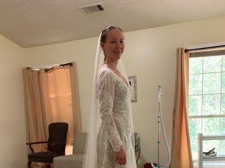 Dora Baker's Bridal Alterations 5