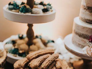 Ambrosia Cakes 5