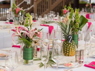 For Better For Less Wedding Flowers 3