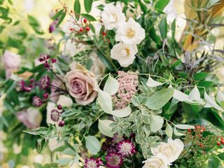 Stems Floral Design + Event Styling 5