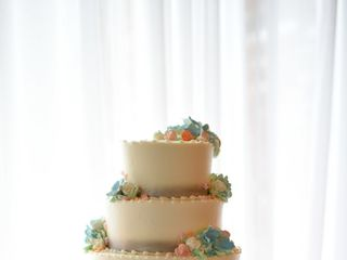 Fenoglietto's Wedding Cakes and Honeymoon Travel 2