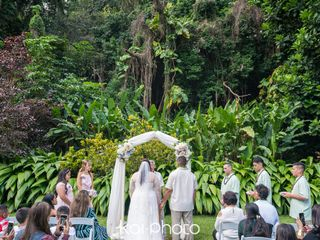 Haiku Gardens Weddings 7