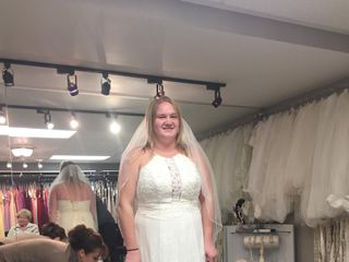 The Dress Lounge Bridal & Prom Boutique 3