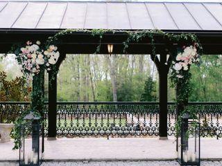 Rose Avenue Floral 5