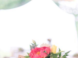 Laura's Flower Boutique 7