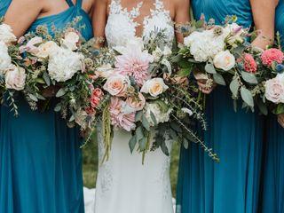 En Gedi Bridal Floral Design 1