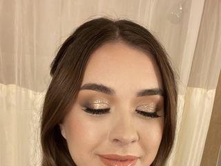Hanna Beth Beauty 1