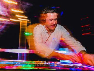 DJ AK 6