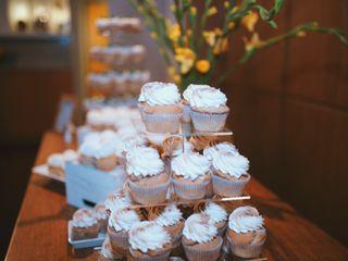 Edible Art Bakery & Dessert Cafe 5