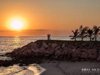 Destinations HD - Honeymoon & Destination Wedding Expert 5