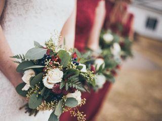 Farmhouse Floral Designs & Events 3