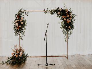 Elan Flowers 3