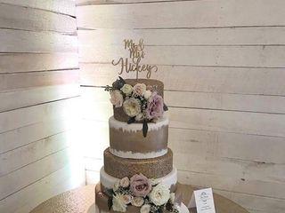 La Creme Wedding Cakes 2