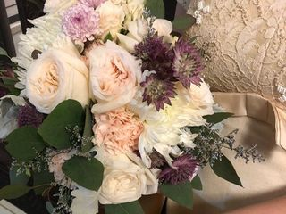 Embie Floral Design 3