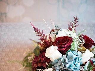 Elaine's Flowers 2