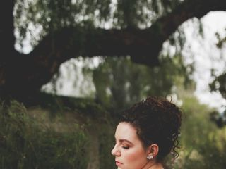 La Rouge Artistry - On Location Hair & Makeup 3