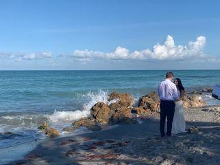 Simple Seaside Ceremonies 4