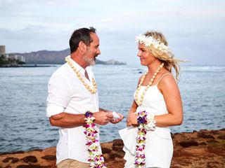 $285 A Hawaii Wedding 5