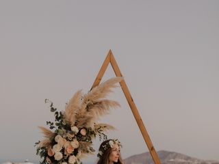 Weddings & Whimsy - Santorini, Greece 5