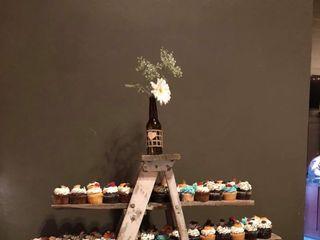 Monzu Bakery & Custom Cakes (Bistro) 3