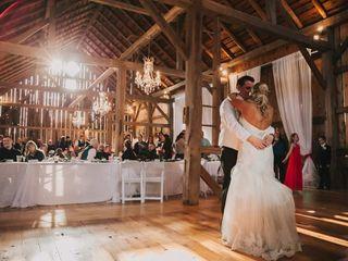 Trillium Creek Wedding and Event Barn 7