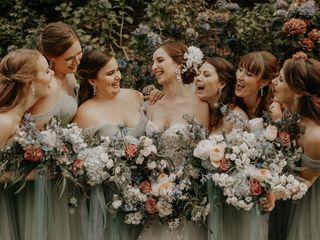 POSH Wedding Flowers 1
