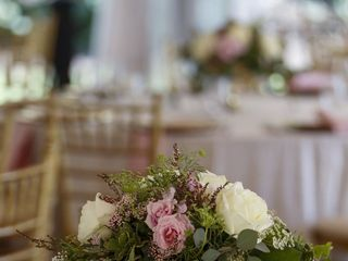 Sheila Smith Wedding and Event Floral Design 1