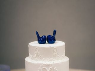 Ms laura's cakes 2